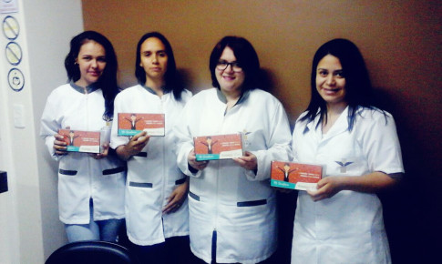 Laboratório Vida e Lider Farma promovem ação em homenagem ao Dia da Secretária